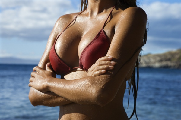 9most-effective-ways-to-make-your-breasts-grow